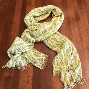 SCARF | Green and white soft long spring scarf